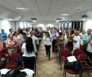 La secretaria Nidia Rosa Romero en reunión con los directivos docentes del Magdalena.
