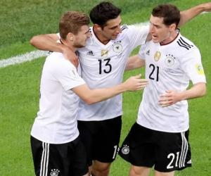Lars Stindl, celebra el gol que finalmente le dio el título a Alemania en la Copa Confederaciones.