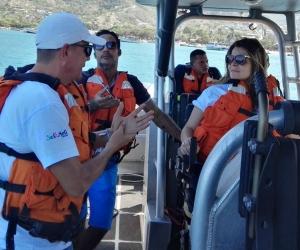 La Armada Nacional acompañó el recorrido y entregó recomendaciones.