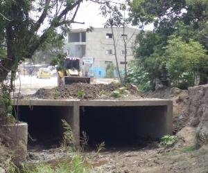 Sigue la polémica por los trabajos de canalización de la Quebrada Tamacá.