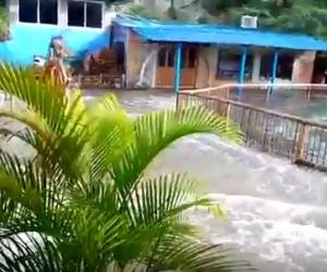 Las imágenes captaron el ingreso de la creciente del mar al acuario.