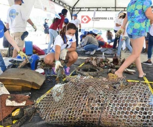 """En la II gran Jornada de Limpieza Submarina """"Todos unidos por el mar"""" fueron recolectadas 3.5 toneladas de basuras."""