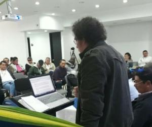 Pastor Alape durante la reunión del EMC de las FARC.