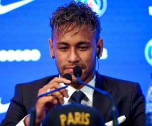 Neymar nuevo jugador del PSG.