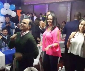 Oscar Ivan Zuluaga bailando