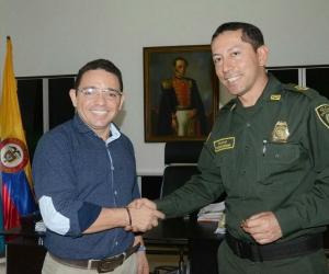 Alcalde recibe a nuevo Coronel de la Metropolitana de Santa Marta