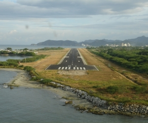 Pista del aeropuerto Simón Bolívar