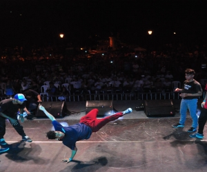 Bailarines de break dance