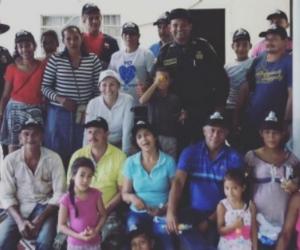 Expertos de Corpamag se reunieron con habitantes de las Tinajas tras ataques de jaguares.
