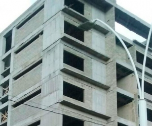 Panorámica de la inconclusa obra de la ESAP en la capital del Magdalena.