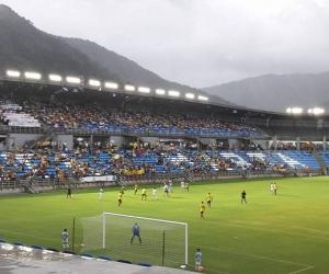 El Estadio de fútbol Sierra Nevada es el único que se encuentra en un 97%.