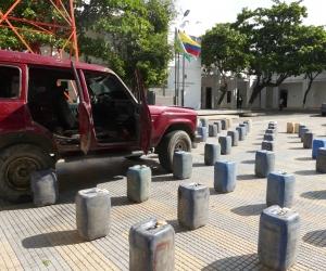Lo implicados deberán responder por el delito de favorecimiento al contrabando de hidrocarburos o sus derivados.