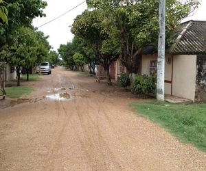 Aspecto de la calle larga del municipio de Pijiño del Carmen.