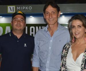 Felipe Romero, Manuel Pérez y Marjorie Ruiz