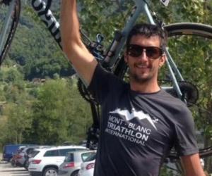 Mark Sutton murió tras recibir el disparo de un cazador que lo confundió con un animal.