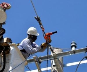 Personal especializado de Electricaribe realizará mantenimiento al transformador de la Subestación Libertador.