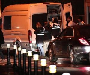 Equipo forense en la residencia del cónsul saudí.