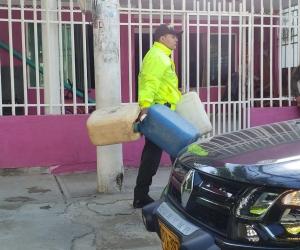 Encontraron pimpinas donde guardaban el combustible.