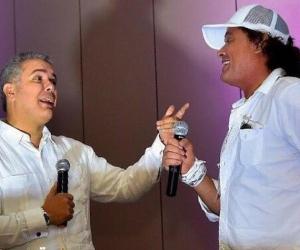 El presidente Iván Duque cantó junto a Carlos Vives.