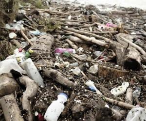 En Colombia, se consumen 24 kilos de plástico por persona al año.