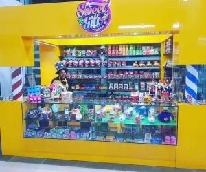 La tienda está ubicada en la sala de abordaje del Aeropuerto Simón Bolívar.
