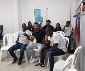 Los jugadores Aníbal Mosquera, John Montaño y César Giraldo asistieron al homenaje en el Concejo.