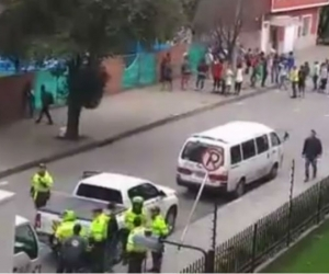 Disturbios de venezolanos, en Bogotá.