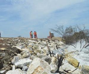La erosión costera cada vez más afecta a poblaciones del departamento.