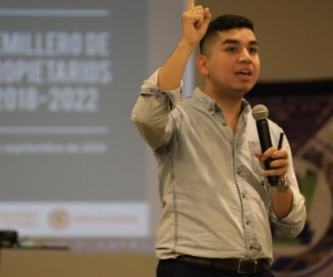 Ministro de Vivienda, Ciudad y Territorio, Jonathan Malagón.