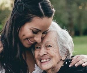 Mariana Pajón y su abuela.