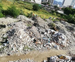 Han llenado el lugar de escombros.