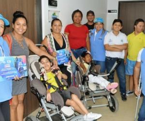 Miembros de la población con discapacidad del Distrito visitaron la Alcaldía.