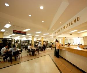 En la biblioteca se invirtieron más de mil millones de pesos.