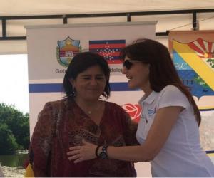 La Gobernadora Rosa Cotes junto a la Ministra de Comercio, Industria y Turismo, María Lorena Guitérrez.