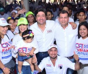Fabián Castillo respaldado por la comunidad.