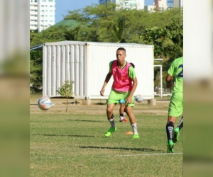 Daniel Becerra, futbolista samario.