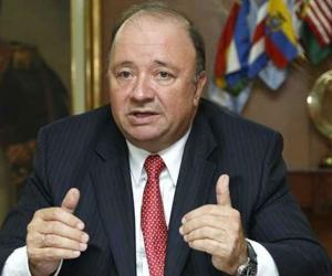 Imagen de referencia Luis  Carlos Villegas, ministro de Defensa.