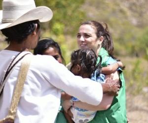 Loss niños fueron trasladados al hospital Rosario Pumarejo de López de Valledupar, donde recibieron atención por problemas respiratorios y nutricionales.