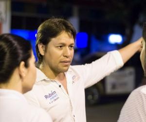 Rubén Jiménez, en su visita a El Banco, Magdalena.