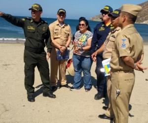 Autoridades visitaron las playas de Taganga.