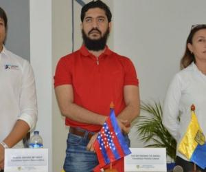 Los aspirantes a la Cámara de Representantes por el Magdalena, Rubén Jiménez, Patricia Caicedo y Oscar Sinning, participaron del conversatorio Estado de Derecho, Medios y Situaciones de Conflicto en Colombia.
