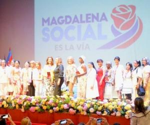 27 lideresas del departamento fueron homenajeadas en el teatro de Cajamag.