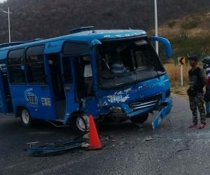 La buseta 465 perteneciente al Sistema de Trasporte Público de Santa Marta.