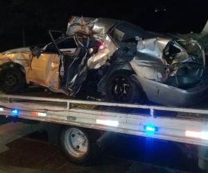 El accidente dejó dos muertos y tres heridos.