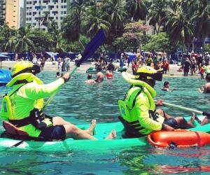 Las autoridades se tomaron la playa de El Rodadero en donde le entregaron turistas recomendaciones.
