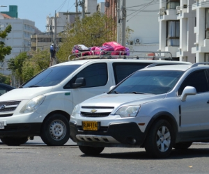 Secretaria de Movilidad confirma que la medida sigue vigente los días hábiles.