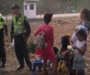 Los buses transportaban mujeres, hombres y niños sin los permisos correspondientes para estar en territorio colombiano.