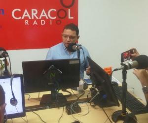 Rafael Martínez durante una entrevista en Radio Galeón de Caracol.