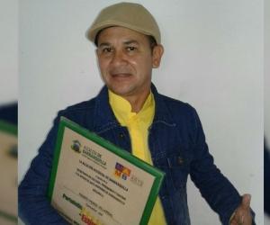 Fausto Pérez Villarreal, periodista, escritor y docente universitario.