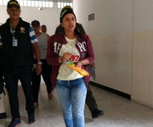 Heidy Milena Gómez Guzmán, mujer capturada por torturar a sus hijas.